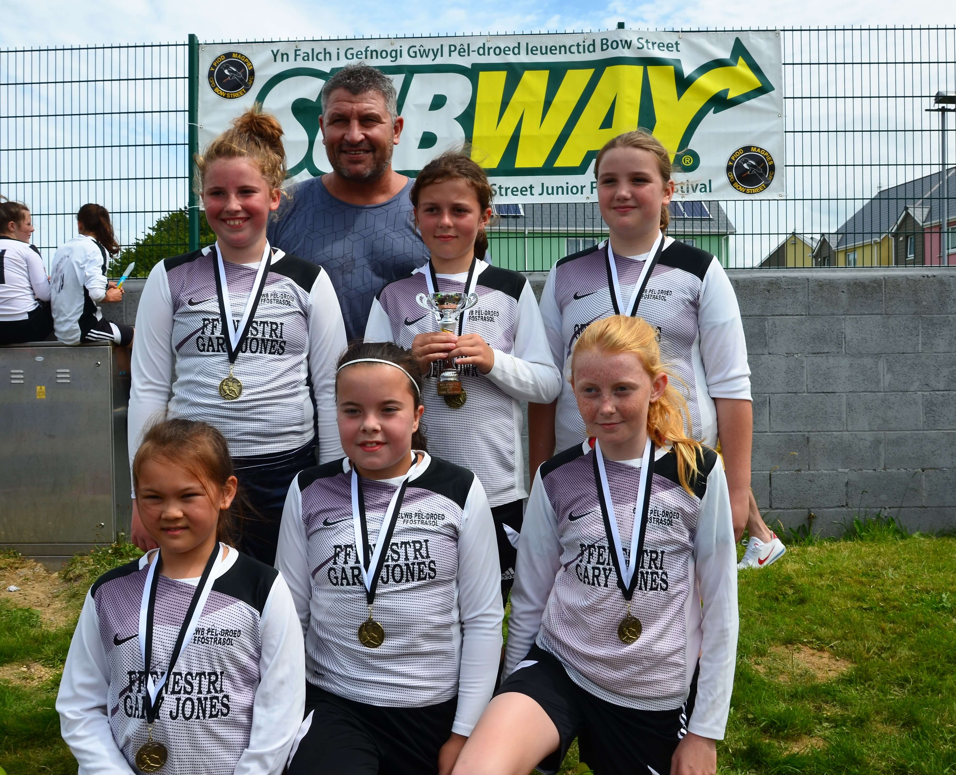 Girls Under 11 Winners with Welsh Assistant Manager, Osian Roberts - Ffostrasol